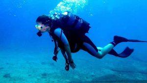 """alt=""""Prática de mergulho e a dor nas costas"""""""